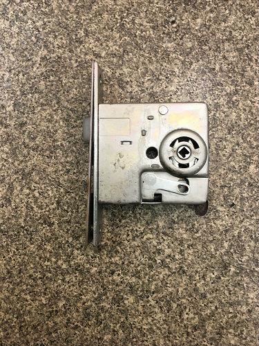 既存の錠ケース
