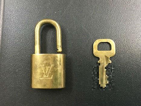 LVの南京錠
